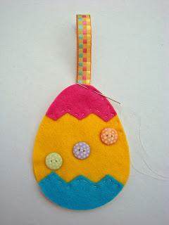 Step 5 - Sew together your Felt Easter Egg