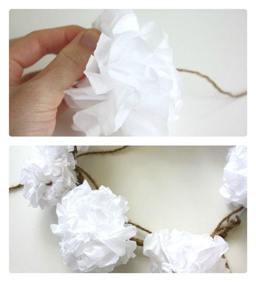 Step-3---DIY-Paper-Christmas Wreath